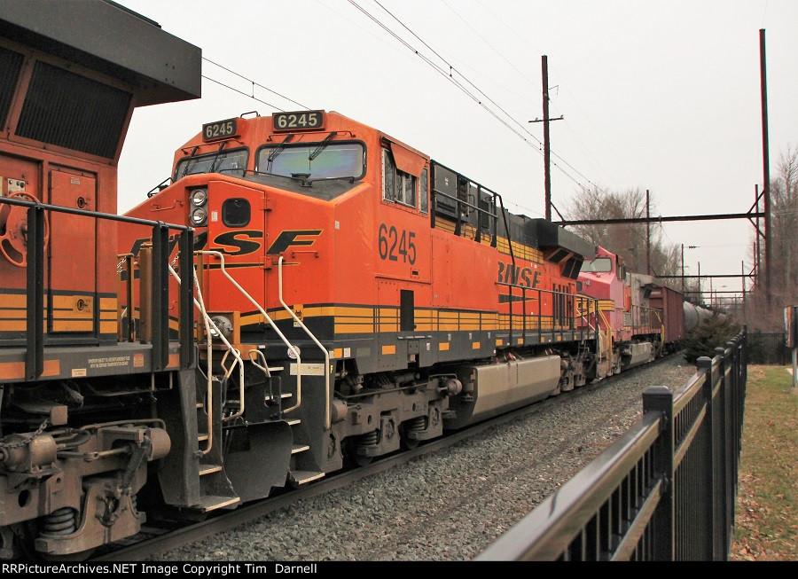 BNSF 6245 on K138